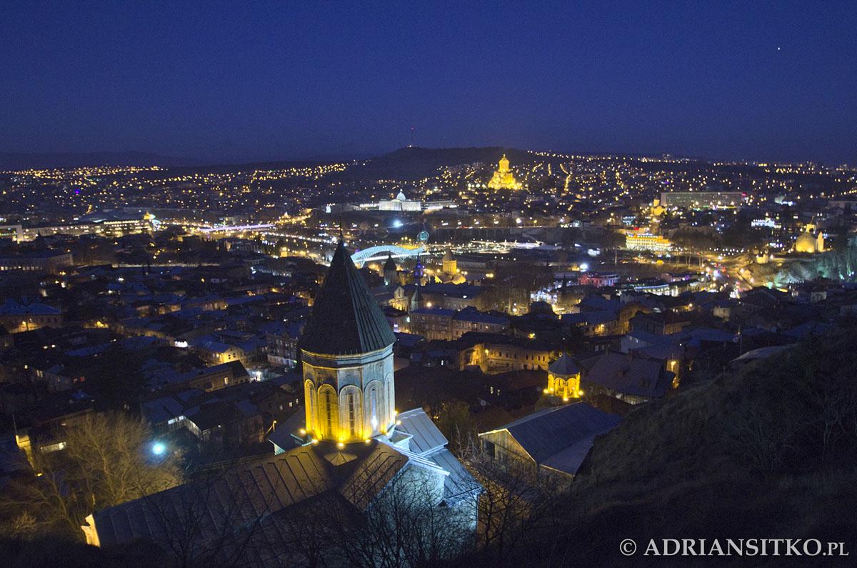 Tbilisi nocą