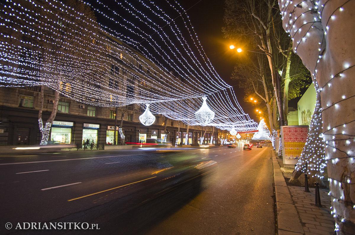 Jedna z ulic w centrum Tbilisi.