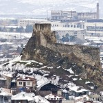 Zamek w Surami