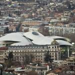 Panorama Tbilisi wieczorem